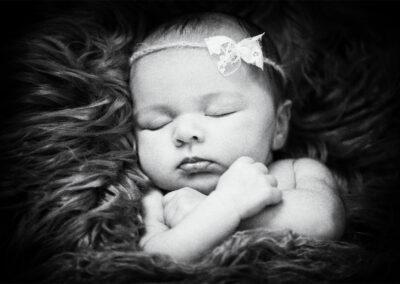 newborns-04-Trevor-Lucy-Photography-WEB