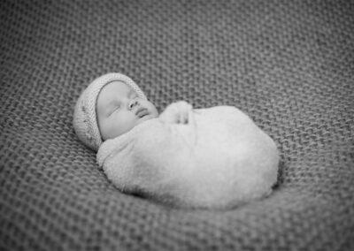 newborns-14-Trevor-Lucy-Photography-WEB