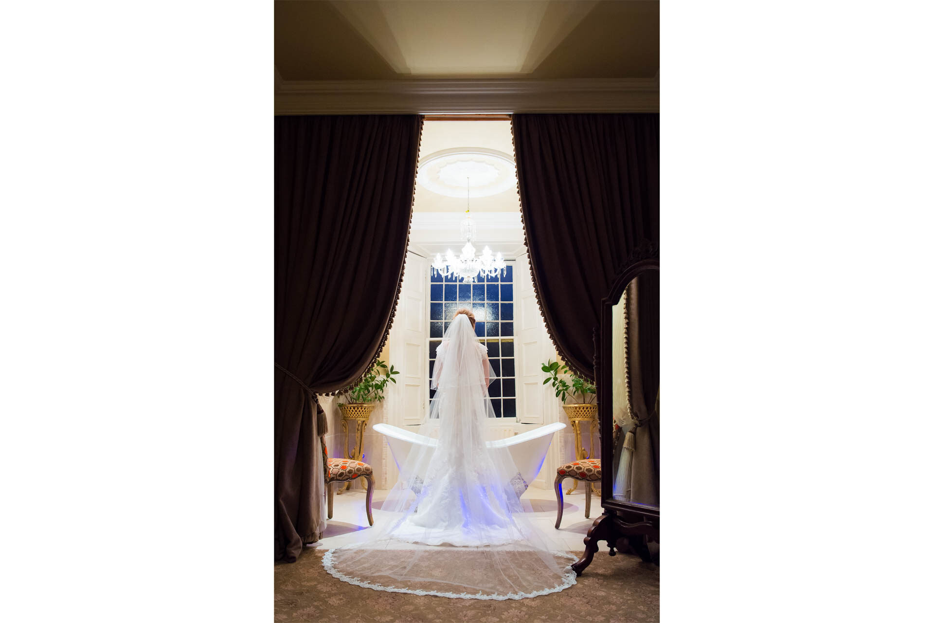 Alison in the bridal suite during on her wedding day at Cabra Castle, by Fermanagh, Tyrone and Northern Ireland wedding photographer, Trevor Lucy Photography